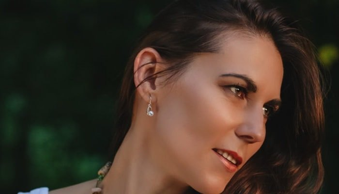 What kind of Earrings Should I wear after piercing?
