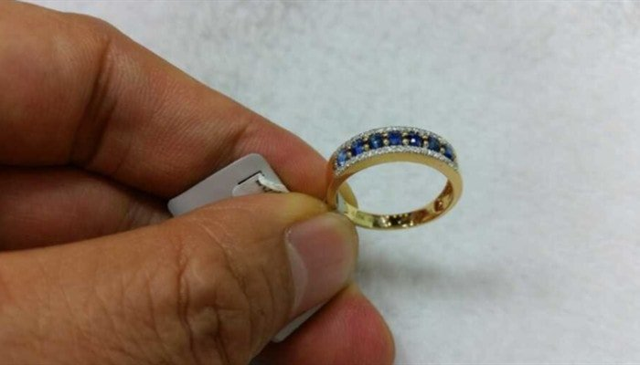 Is 18k Gold Good for an Engagement Ring?