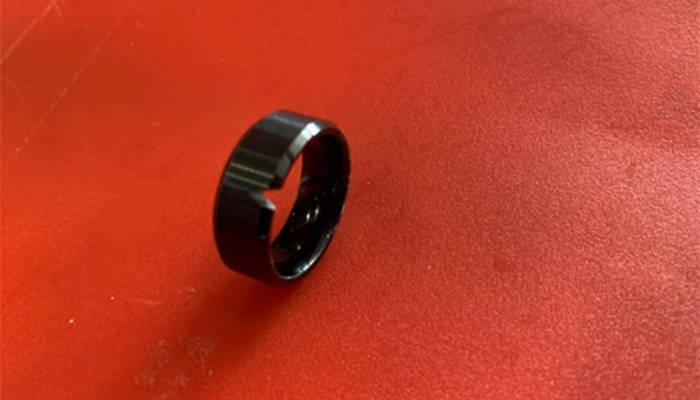 Tungsten Ring Cracked-