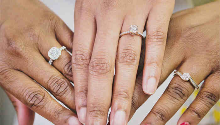 How to Wear Multiple Diamond Rings Smartly