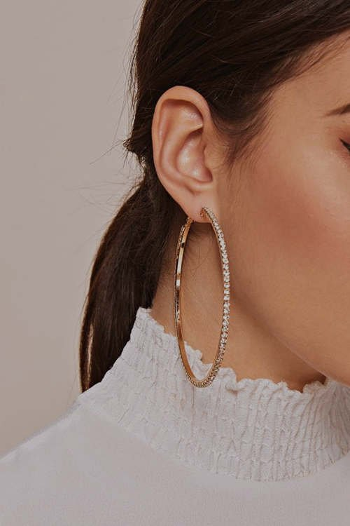 Are Hoop Earrings Bad for Your Ears