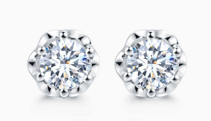 How to Select Diamond Stud Earrings