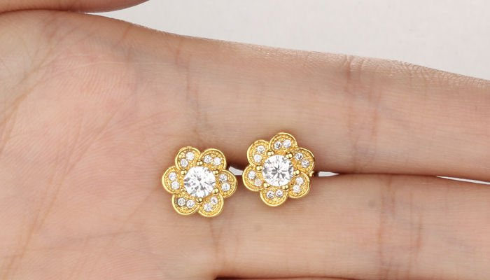 Are Gold Plated Earrings Safe