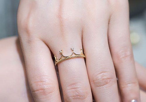 What Does A Princess Crown Ring Mean