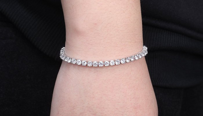 Why is it Called a Tennis Bracelet? (True Story)