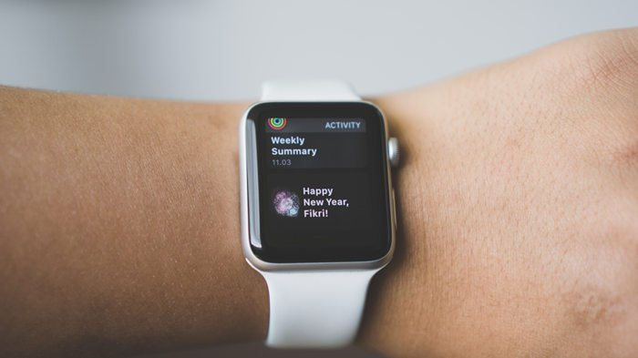 9 Tips For Wearing Bracelets With Apple Watch