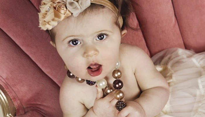 Toddler to Wear a Necklace