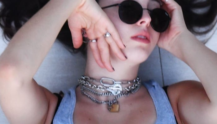 Types of Chokers and What They Mean