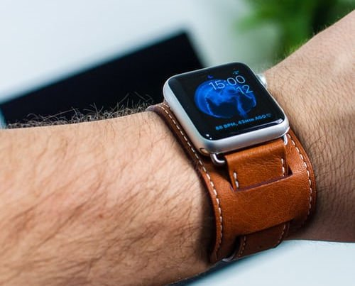 Tips For Wearing Bracelets With Apple Watch