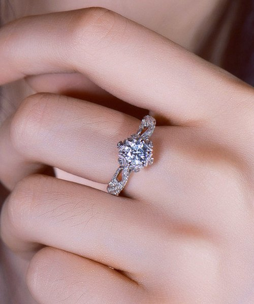 What Is A Vintage Style Engagement Ring