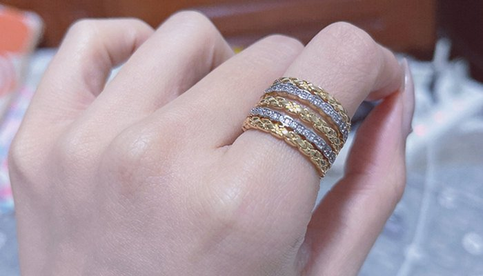 Wear A Silver Ring Next To A Gold Ring