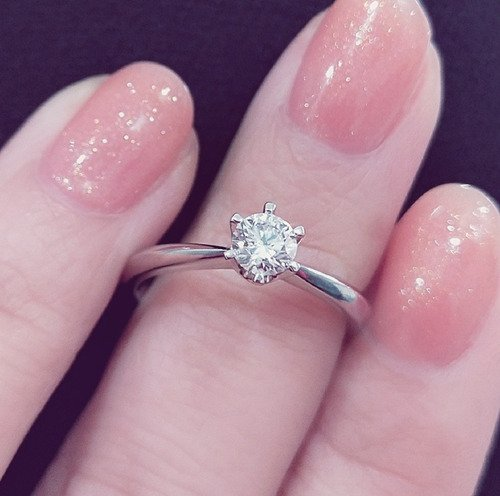 Is hand Sanitizer Bad for Your (Diamond) Rings