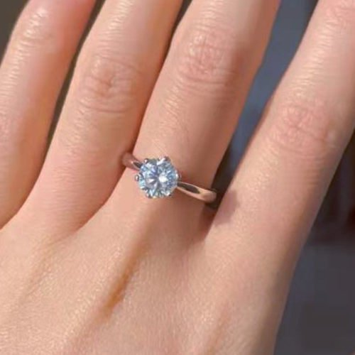 Benefits Of Wearing Diamond In Middle Finger