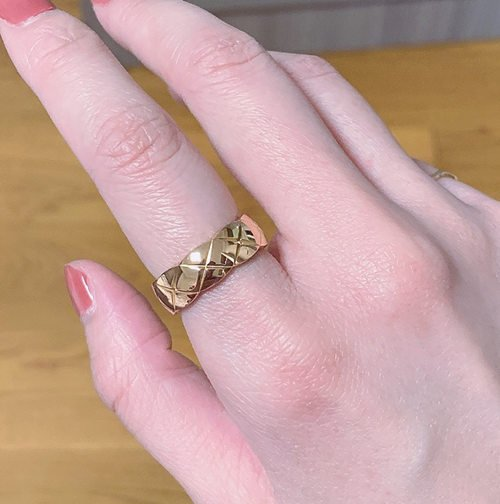 Why Your Fake Gold Jewelry Turning Silver