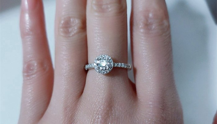 I Hate My Heirloom Engagement Ring