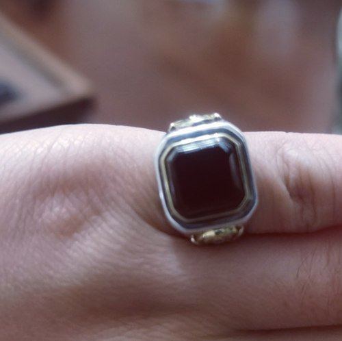 Why Are Signet Rings Worn On The Little Finge