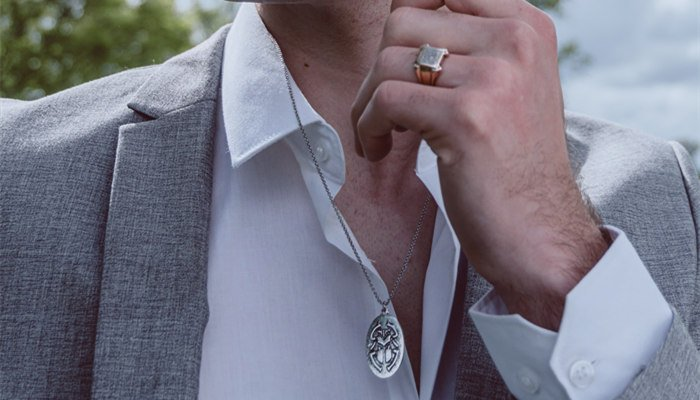 How To Wear Jewelry As A Man