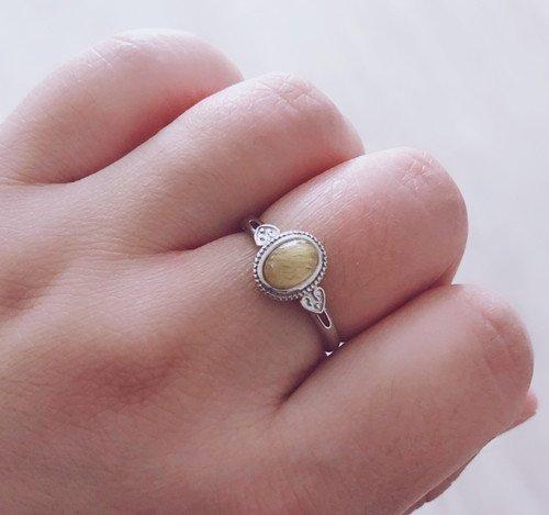 Как приклеить камень обратно в кольцо