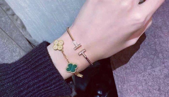 the purpose of jewelry