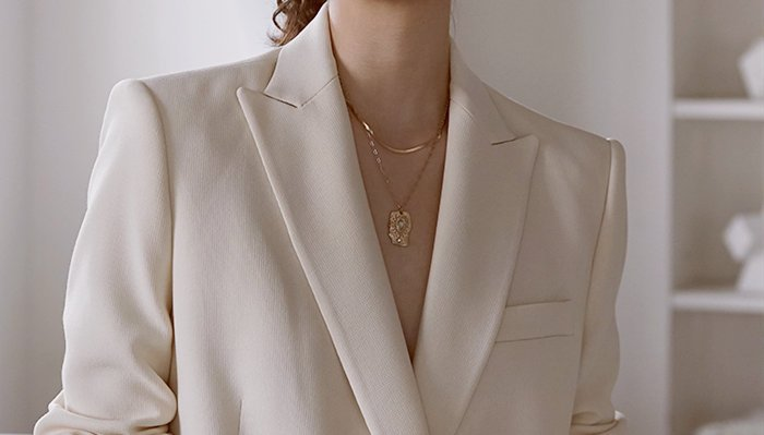 5 Actionable Tips for Wearing the Same Necklace Everyday