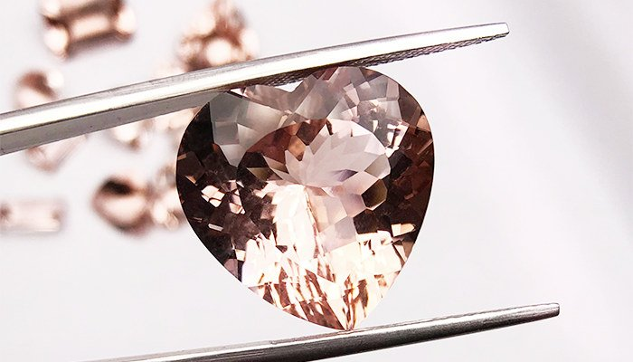 what does morganite symbolize