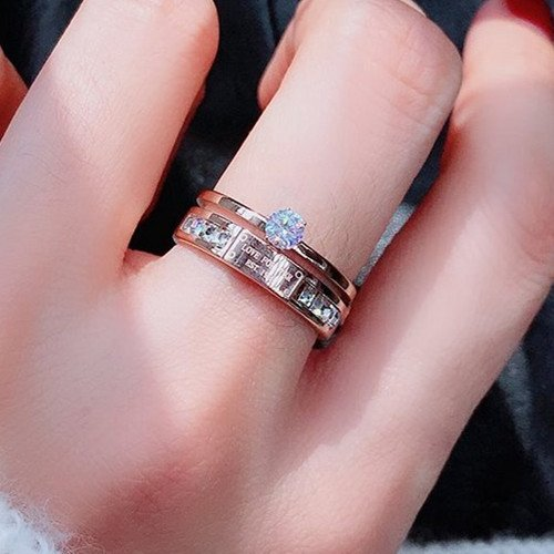 What Is The Best Jewelry For Sensitive Skin