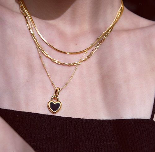 What Kind Of Jewelry Do Young Girls Like The Most