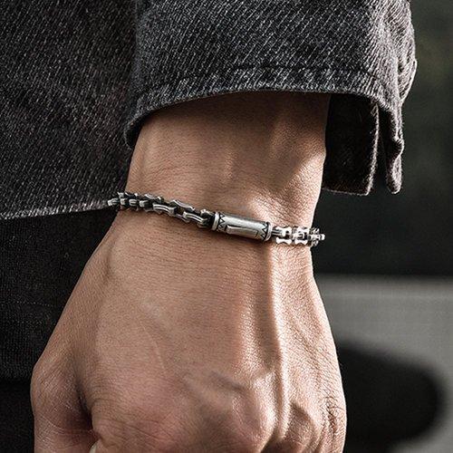 Do Guys Like Jewelry As A Gift