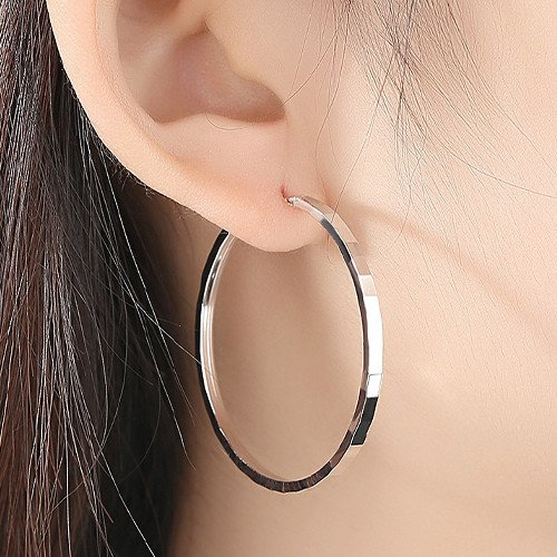 What Do Earrings Symbolize As A Gift